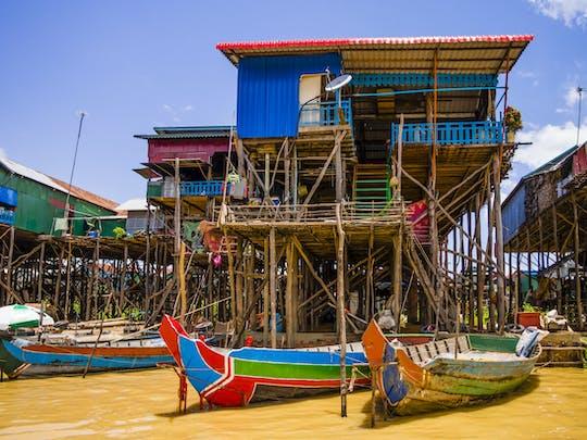 Excursión de medio día al pueblo flotante de Kompong Pluk