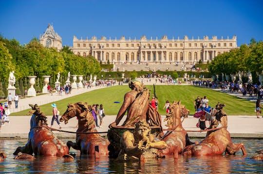Viagem privada de dia inteiro a Giverny e Versailles saindo de Paris