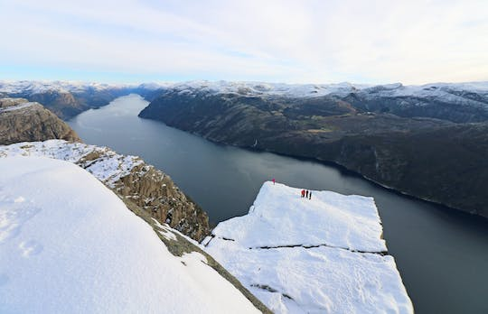 Preikestolen Winter to Spring cruise and hike