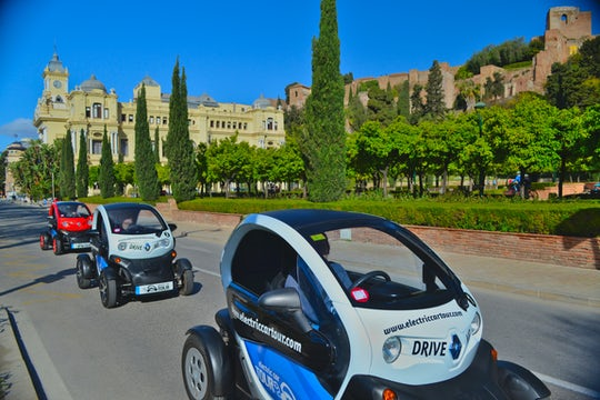 Private tour of Málaga with an electric car