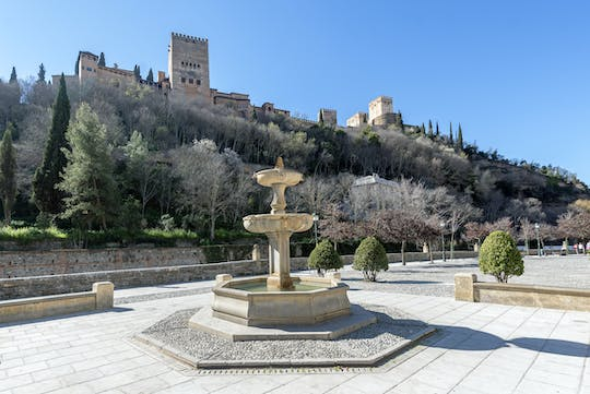 Guided tour of Albaicín and Sacromonte