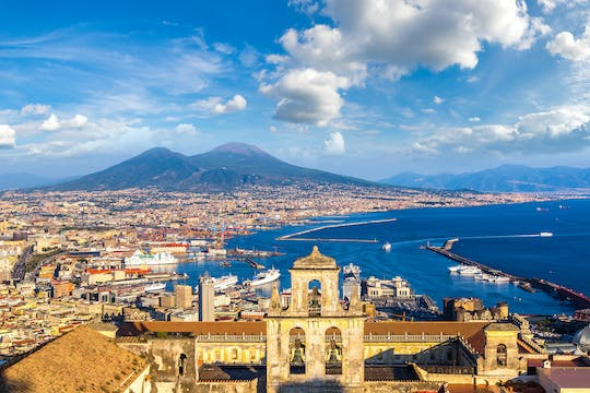 Full-day private walking tour of Naples