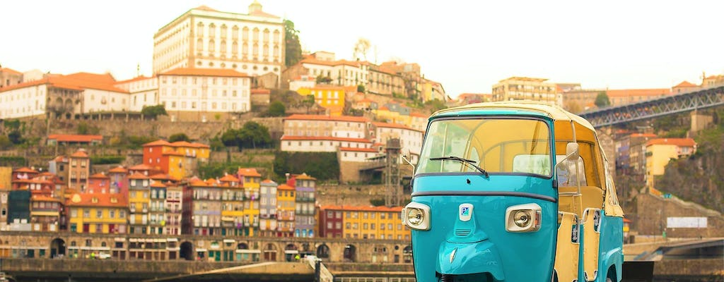Porto historical center and the best viewpoints on a tuk-tuk