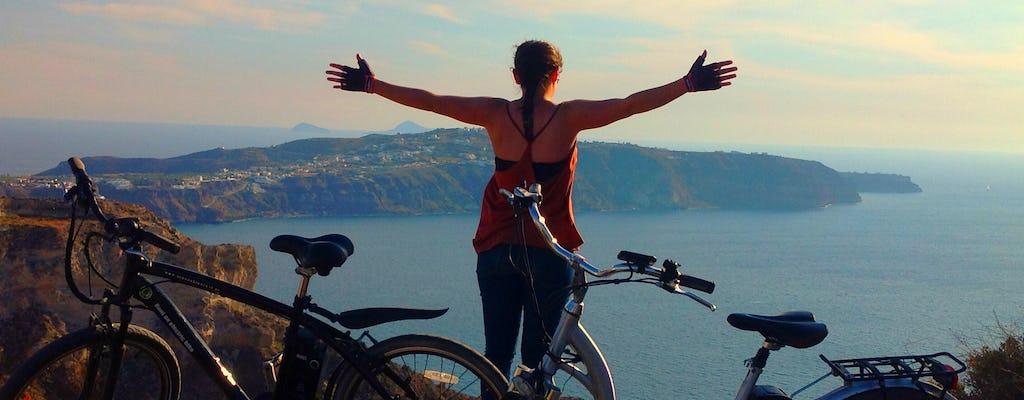 Руководствуясь e-велосипед тура в Санторини