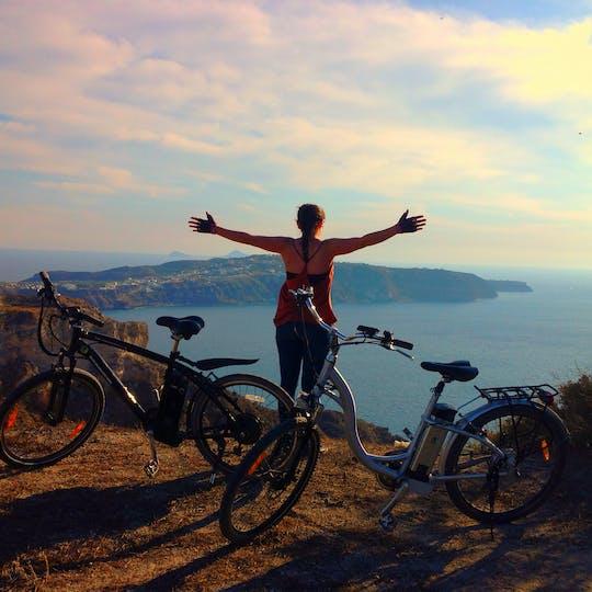 Geführte E-Bike-Tour auf Santorin