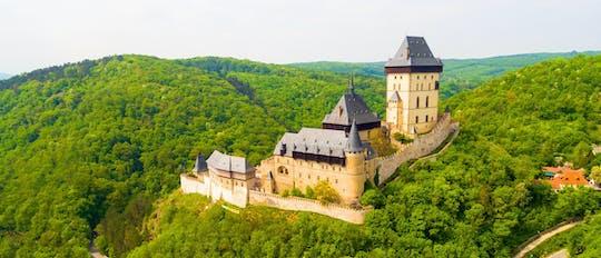 Excursión en bicicleta eléctrica al castillo de Karlstejn desde Praga