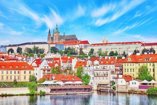 Panoramic Prague Castle, city and park e-bike tour