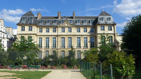 Private tour of Picasso Museum in Paris