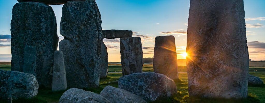 Tour noturno com acesso especial a Stonehenge