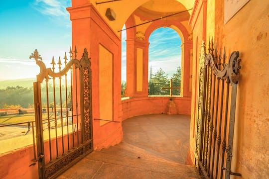Wizyta z przewodnikiem w sanktuarium San Luca i panoramiczna wycieczka pociągiem turystycznym