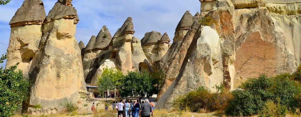 Recorrido rojo por el norte de Capadocia con el museo al aire libre de Goreme