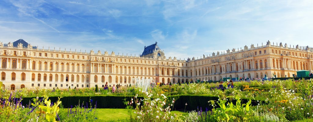 Private tour of Versailles Palace and Gardens in small group of 6