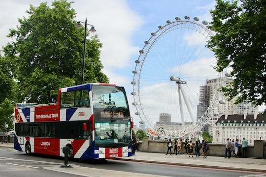 24-hour Original Tour London bus pass with local attraction tickets