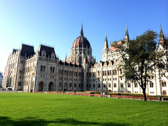 Tour of the Hungarian parliament in Budapest with hotel pick-up