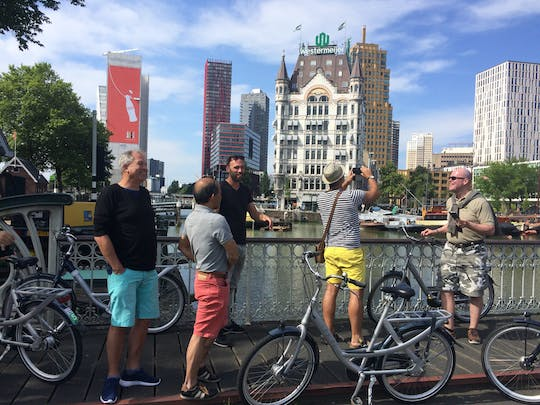Rotterdam highlights tour by bike