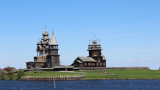 The best of Kizhi Island walking tour