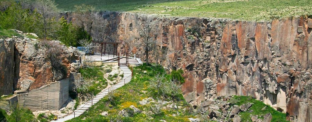 Excursión verde al sur de Capadocia con trekking en el valle de Ihlara
