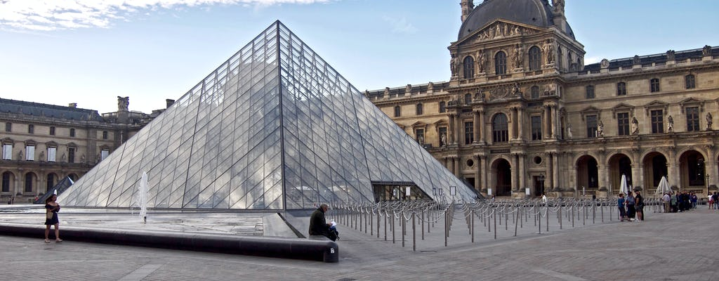 Visit the must-sees of the Louvre Museum in group of 6