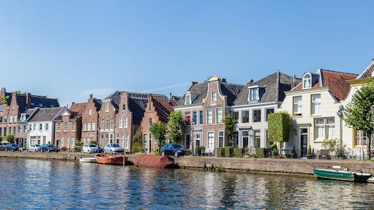 Private afternoon High tea cruise on Vecht river from Utrecht