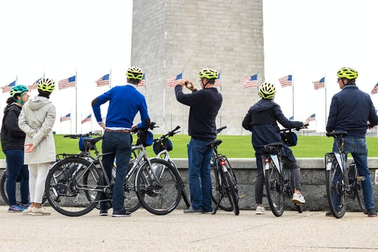 Washington, D.C. Monuments and Memorials Bike Tour