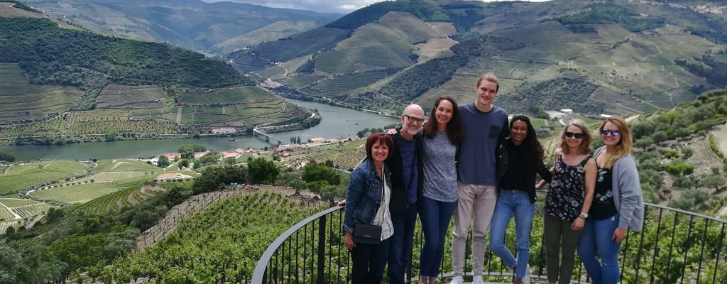 Douro Valley Tour - degustacja win, lunch i rejs statkiem z Porto