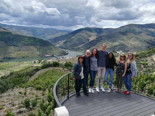 Douro Valley Tour - Wine tasting, lunch and river cruise from Porto
