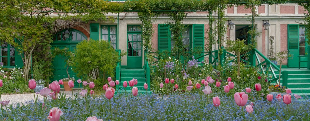 Giverny with audio guide and transfer from Paris