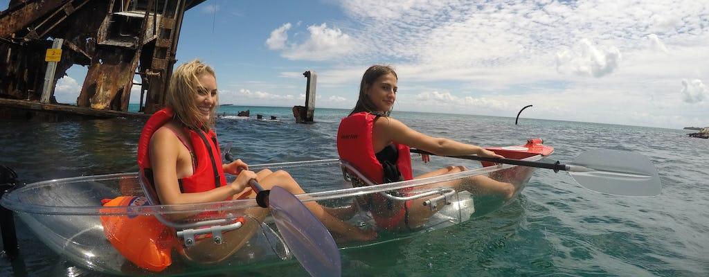 Tour di un giorno in kayak, snorkeling e sandboard a Moreton Island
