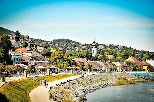 Excursión de medio día en barco por el pueblo de artistas de Szentendre desde Budapest