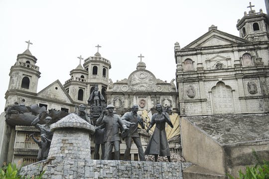 Excursão de meio dia pela cidade de Cebu com o Jardim sirao e o templo de Leah