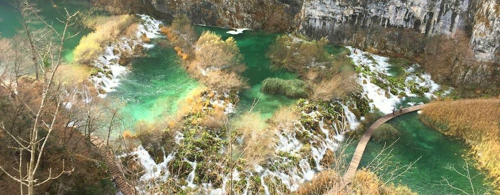 Excursión privada al parque nacional de los lagos de Plitvice desde Pula