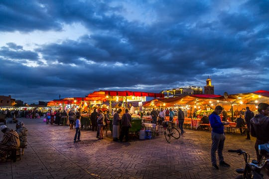 Marrakech por la noche tour