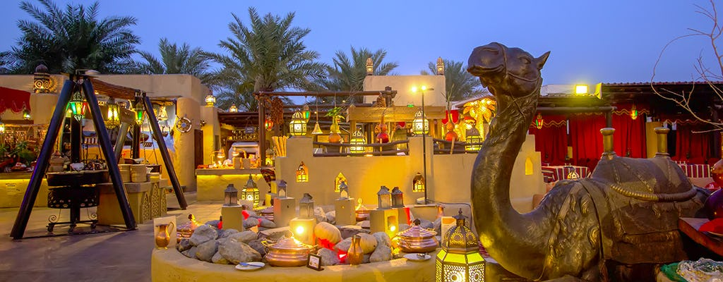 Cena presso Al Hadheerah Bab Al Shams Desert Resort da Dubai