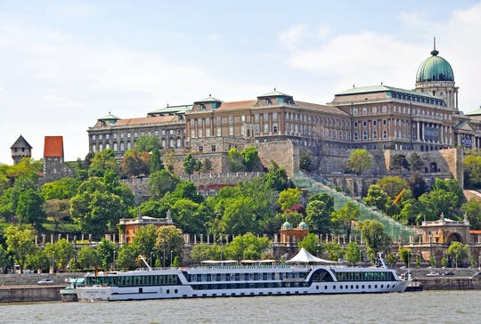 Buda Castle district exploration game and tour in Budapest