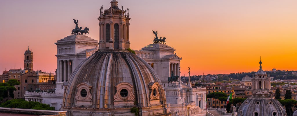 Rome at sunset walking tour with hop-on hop-off