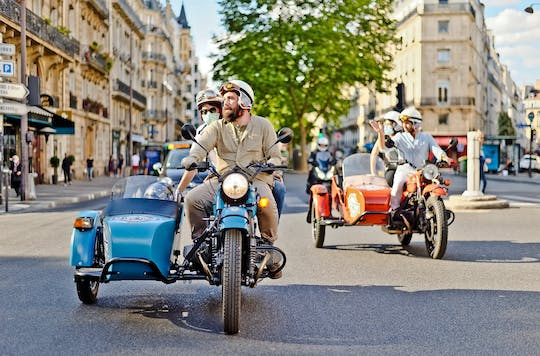 Vintage tour of Paris on a sidecar motorcycle