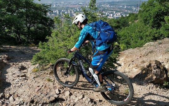 Esperienza privata in mountain bike nella catena dei Balcani