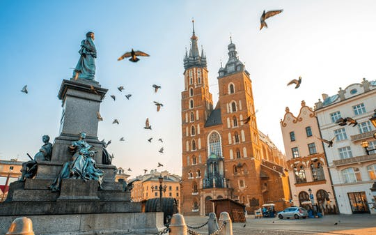 Krakow Old Town walking tour and St. Mary's Church entrance ticket