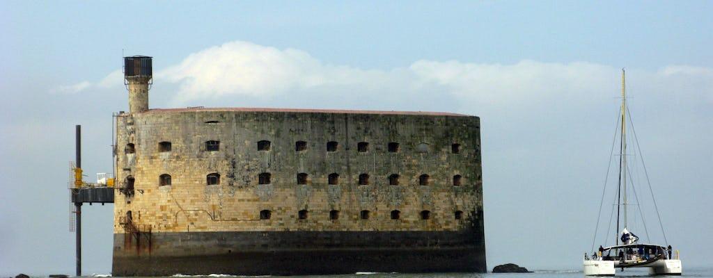 Форт Боярд Парусный круиз на катамаране из Ла-Рошель