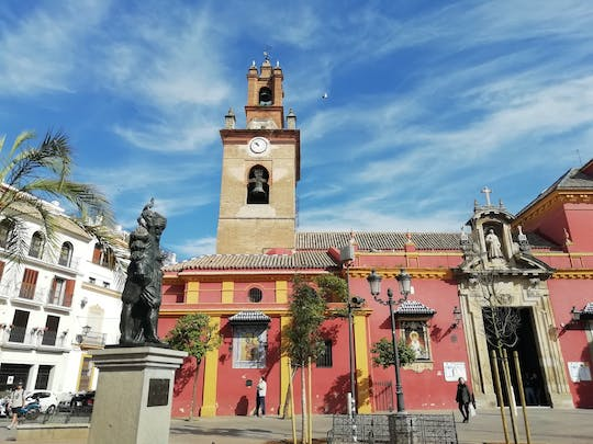 Seville Old Town exploration game and tour