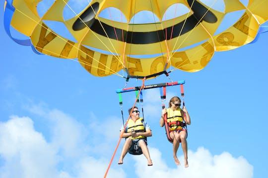 Paseo en parasailing en Miami