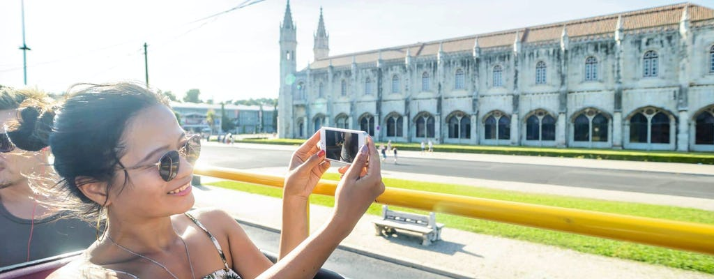 Lissabon hop on-hop off-sightseeingbustour – verschillende routes