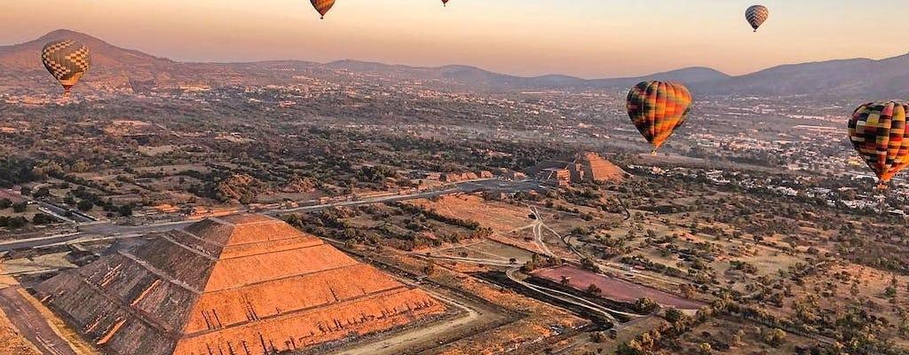Piramidi di Teotihuacan: escursione guidata e giro in mongolfiera