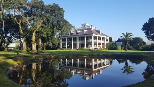 Houmas House estate and gardens guided mansion tour