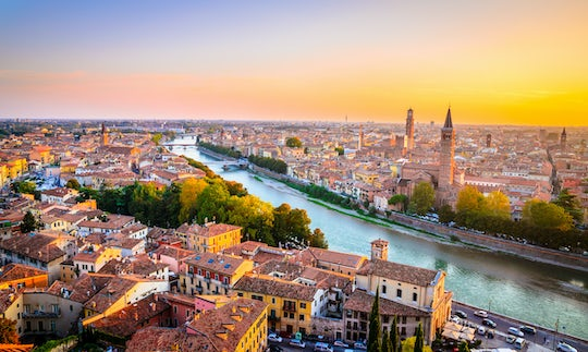 Full-day trip from Rome to Verona by high-speed train with hop-on-hop-offbus service