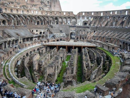 Wycieczka po Koloseum ze specjalnym dostępem do areny