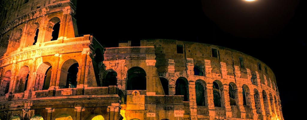 Colosseums night tour with arena and underground