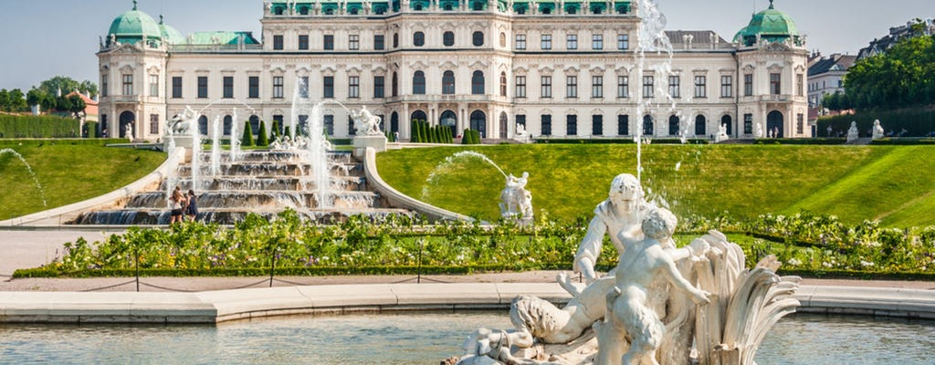 Vienna day trip with Schoenbrunn Palace from Bled