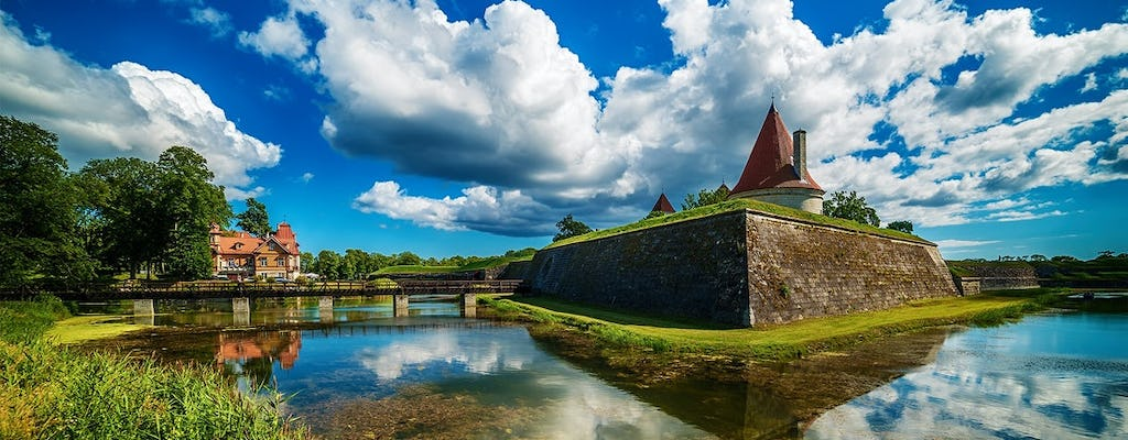 Private tour to Muhu and Saaremaa islands from Tallinn