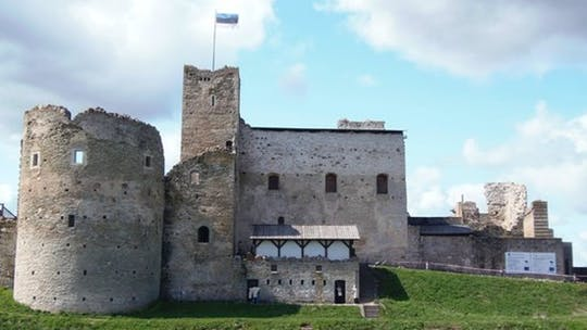 Private tour to Rakvere Castle from Tallinn